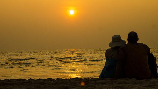 gao-beach-sunset
