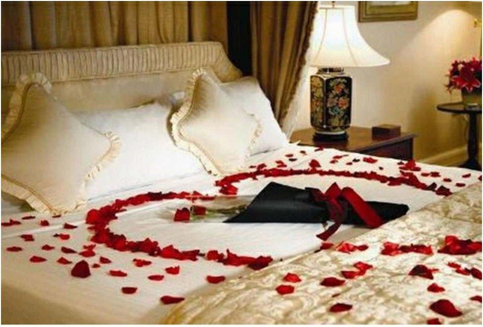 Valentines Bedroom Decoration3